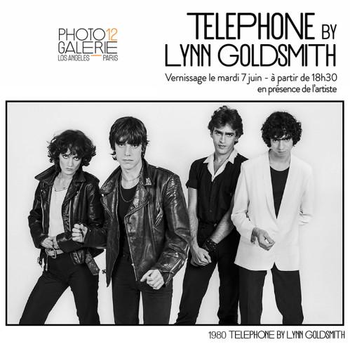 Téléphone by Lynn Goldsmith